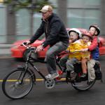 4人乗りの自転車